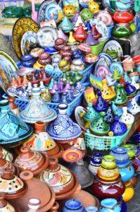 Tajine auf dem Souk in Marokko
